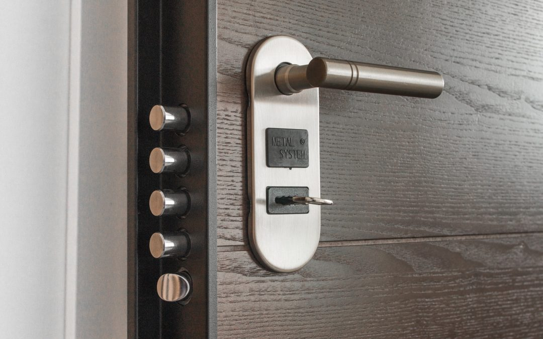 Under Lock and Key: Here's Why You Need High-Security Locks at Your Commercial Offices